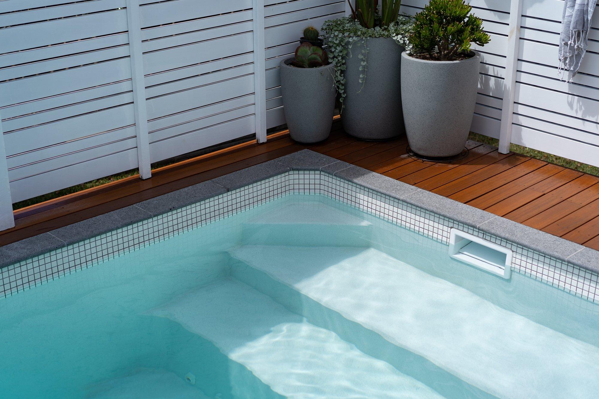 Plungie Studio 12ft x 7ft plunge pool in Mediterranean Blue